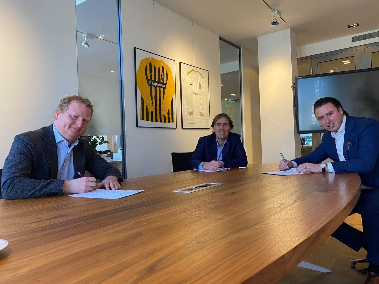 Hogenhouck m&a hernieuwt sponsorcontract met Haagse voetbalclub HVV