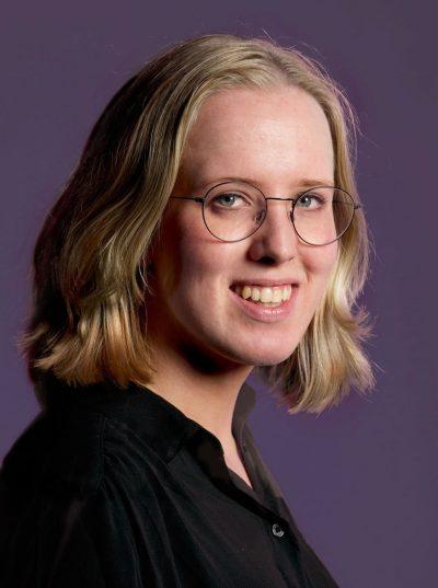 Maren van der Burght portret voor Hogenhouck m&a